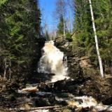 Водопад «Белые мосты» весной
